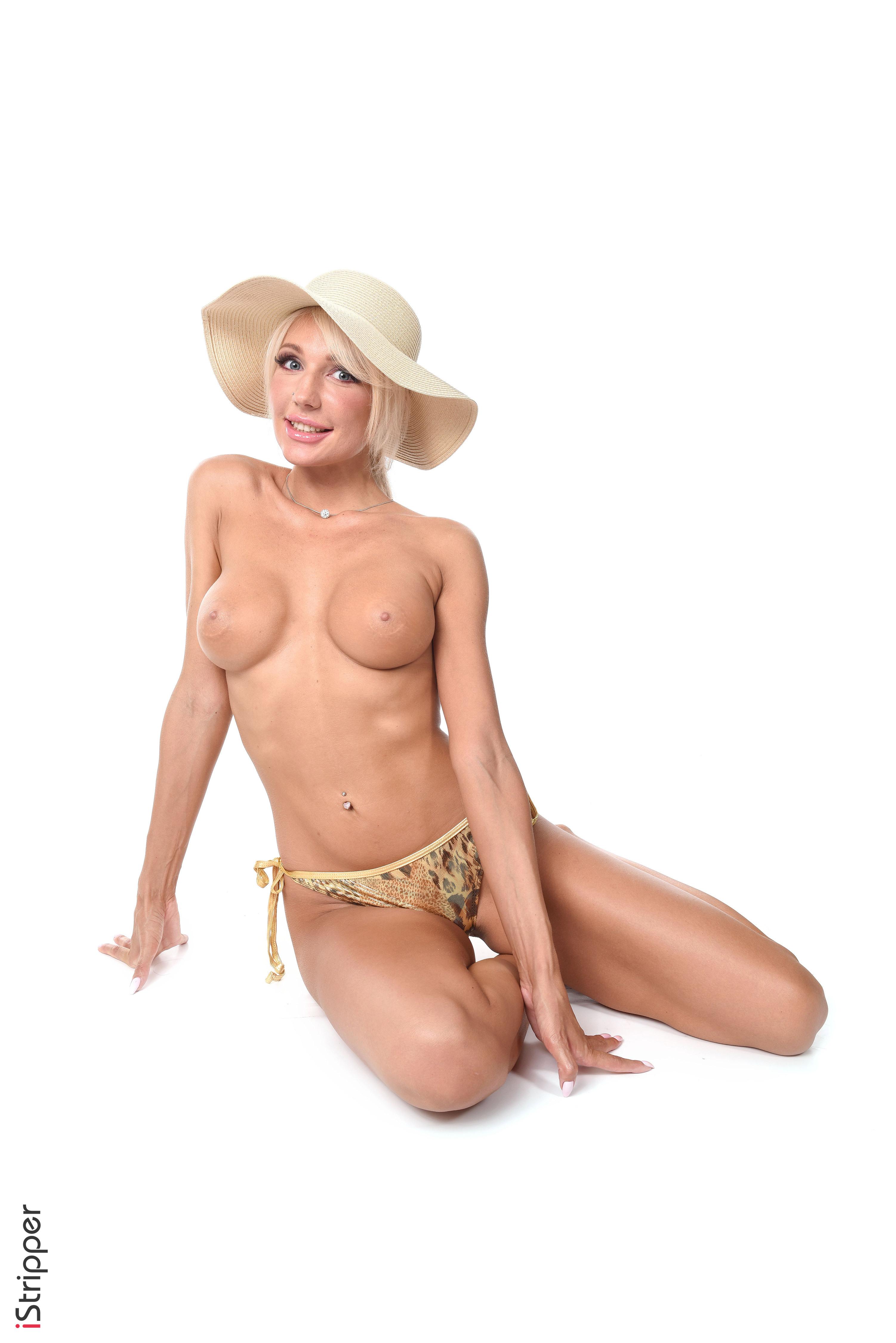 free Bare Big tittied women wallpaper