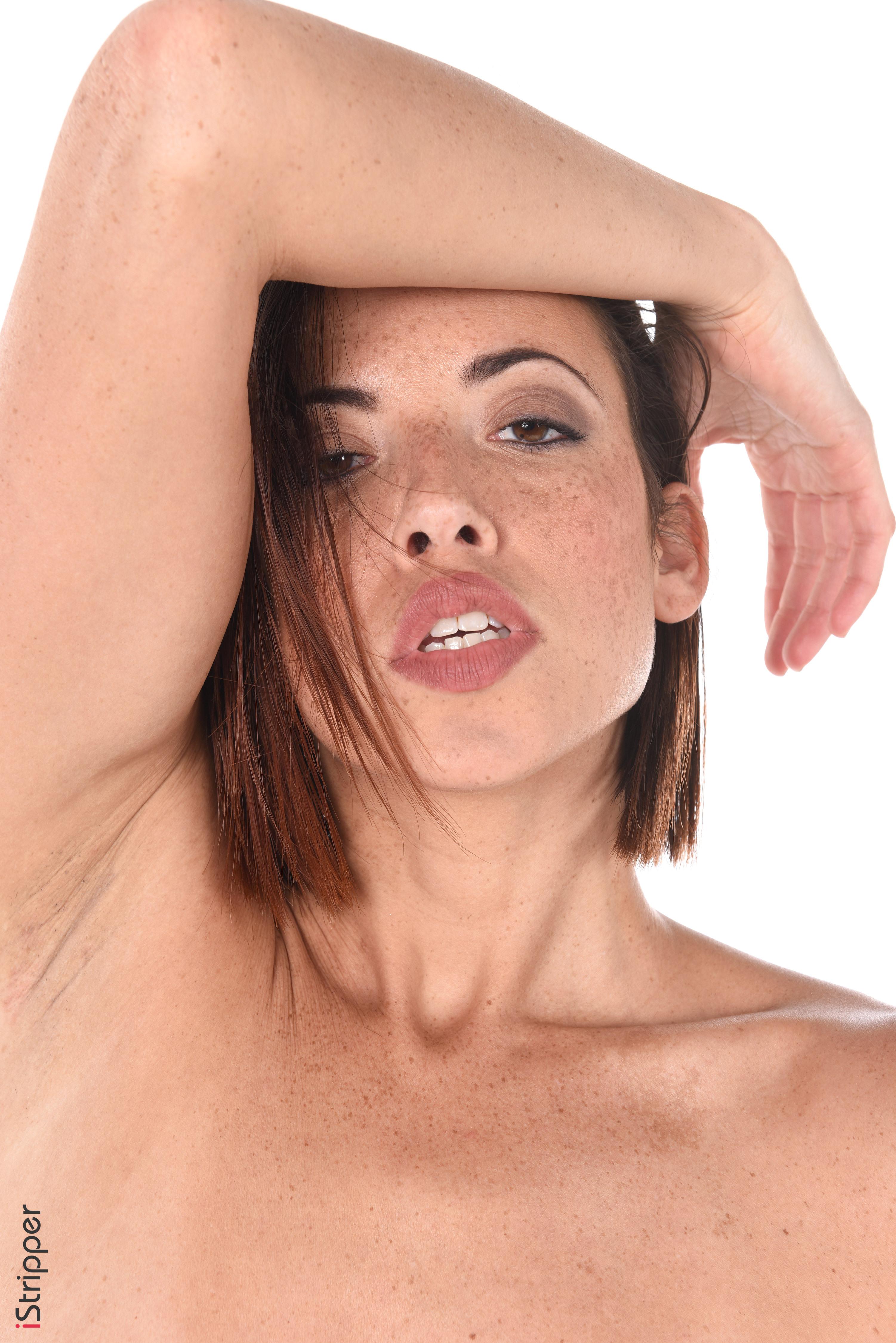 el storm nude desktop babes