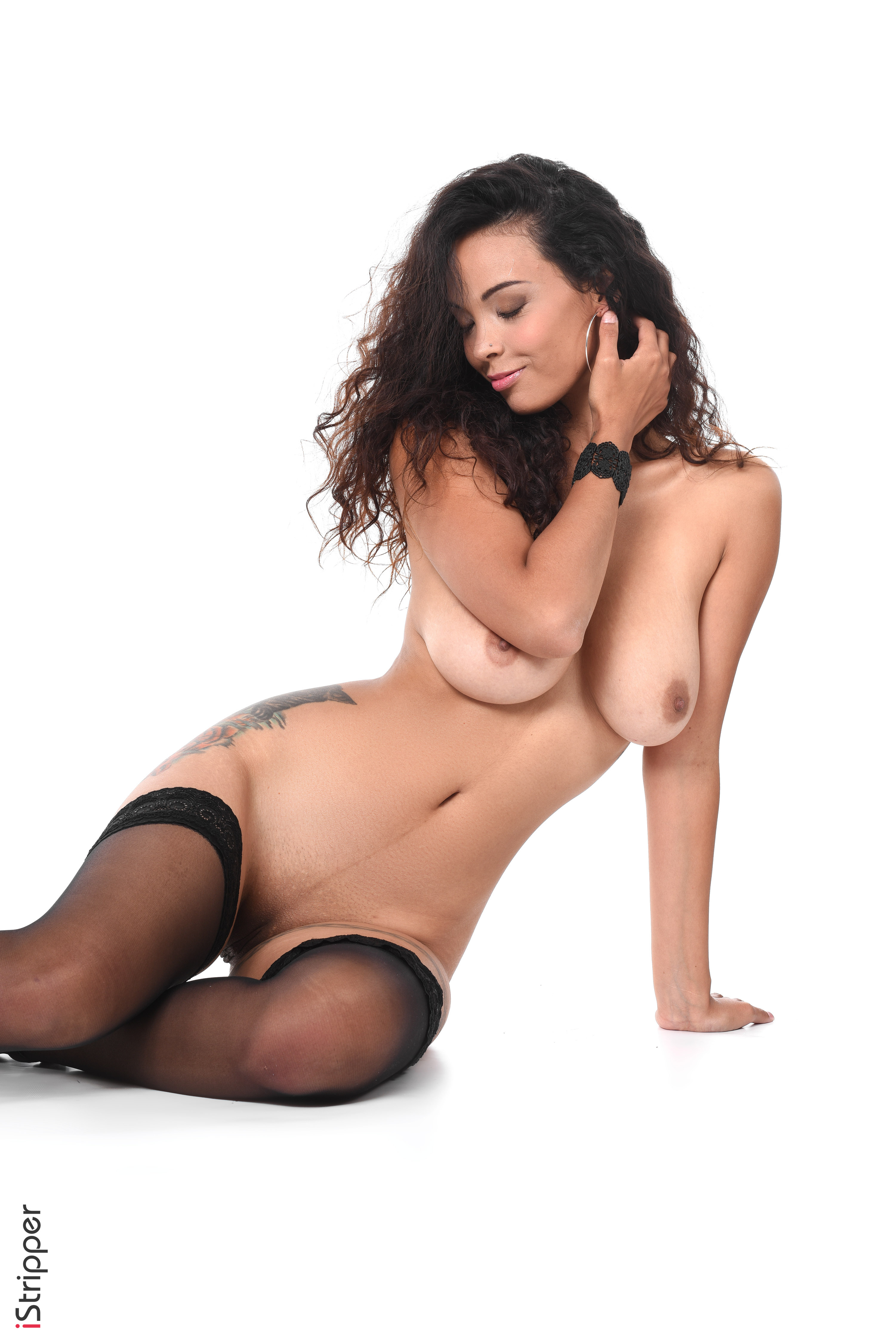 1080p nude wallpaper