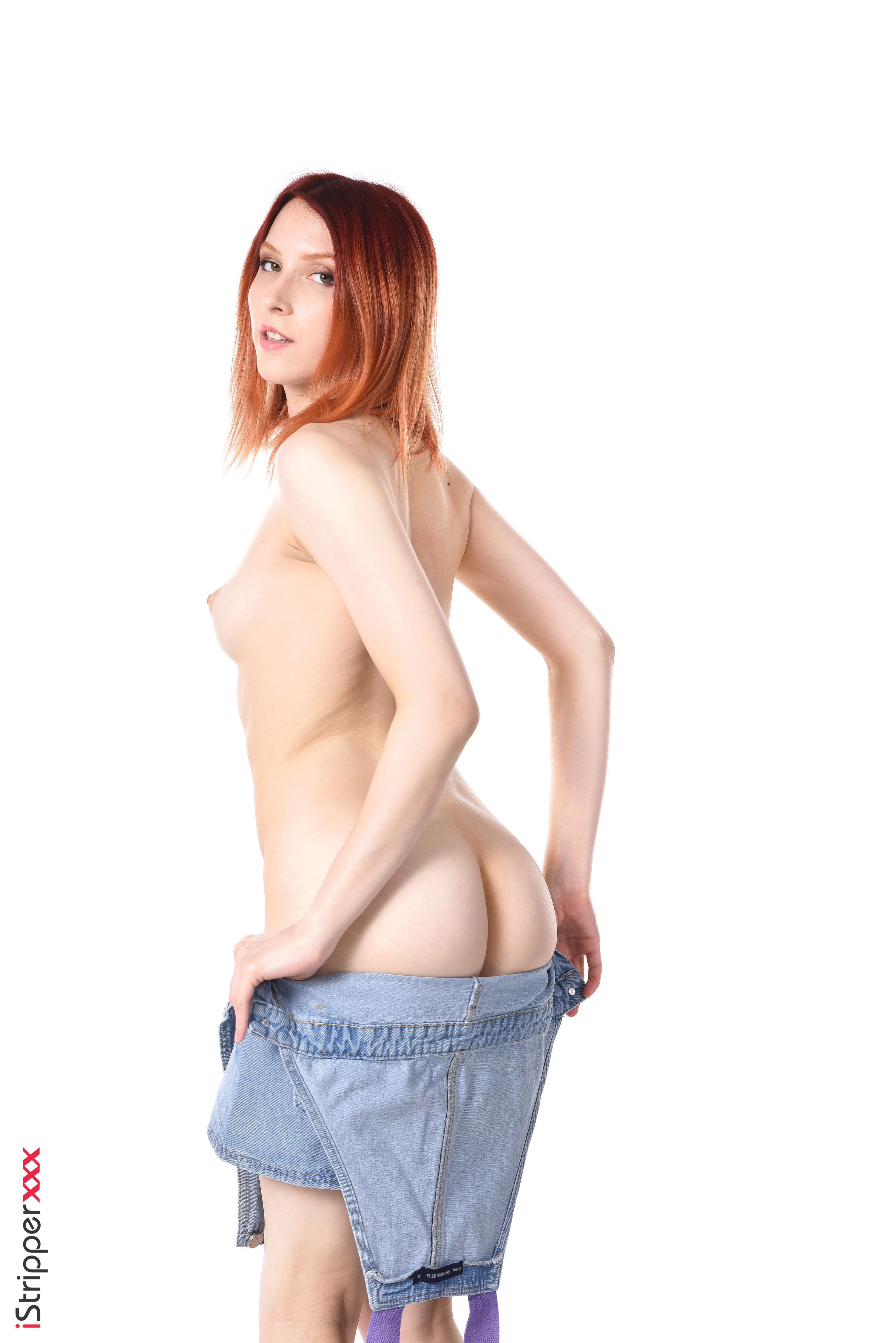 naked Huge boobed Preggo cuties boobed chicks wallpaper