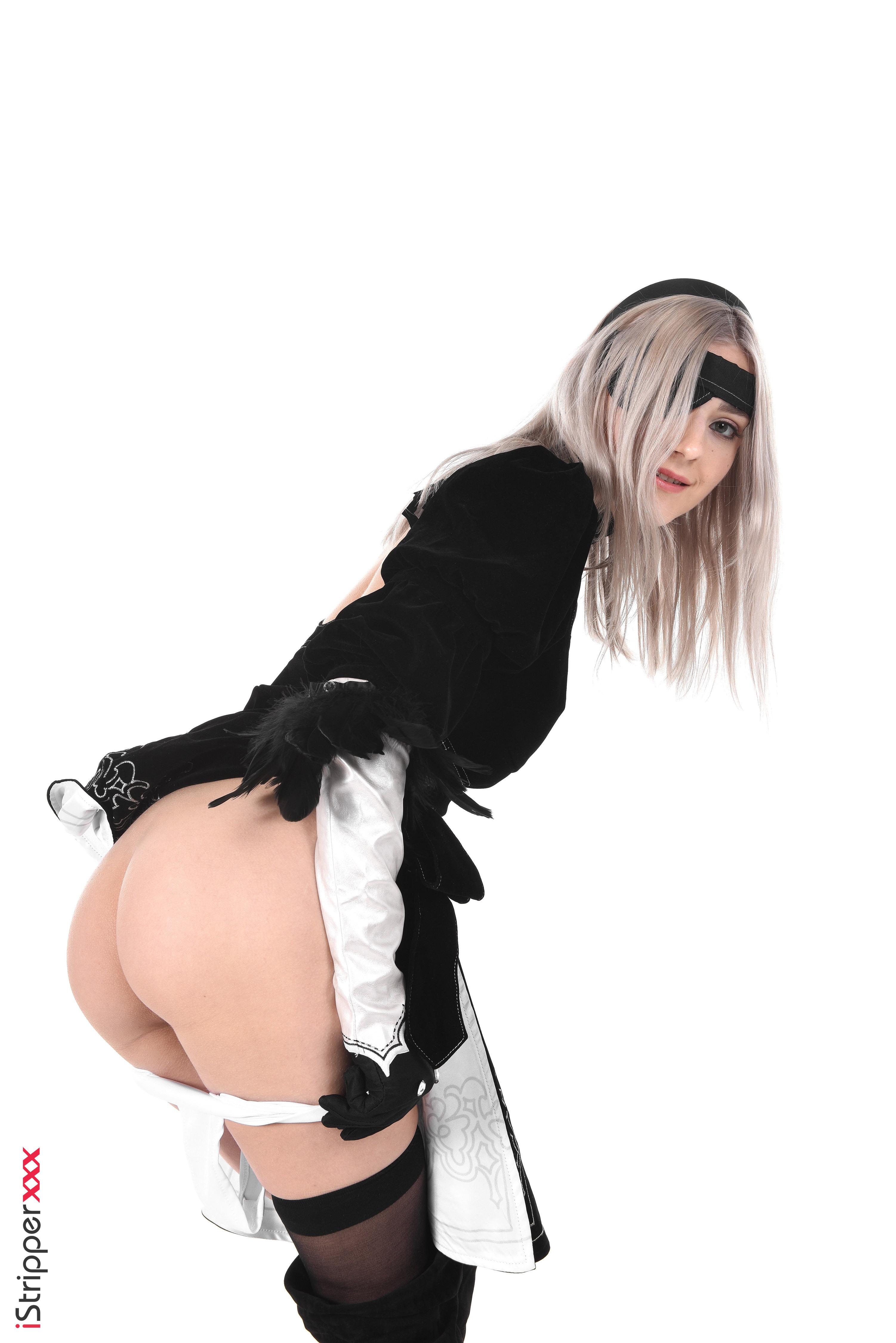 do a sexy striptease