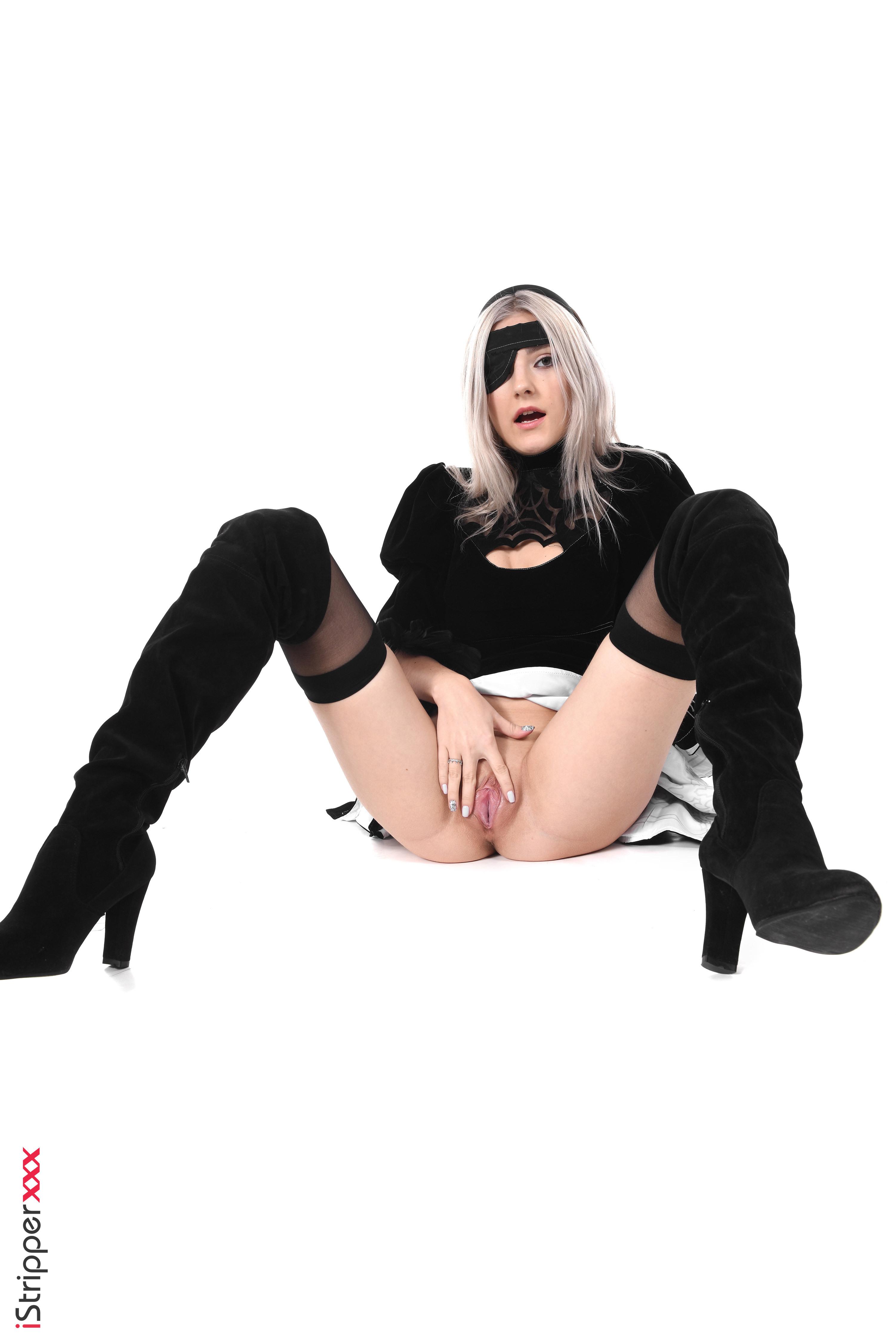 cewek cantik sexy striptease