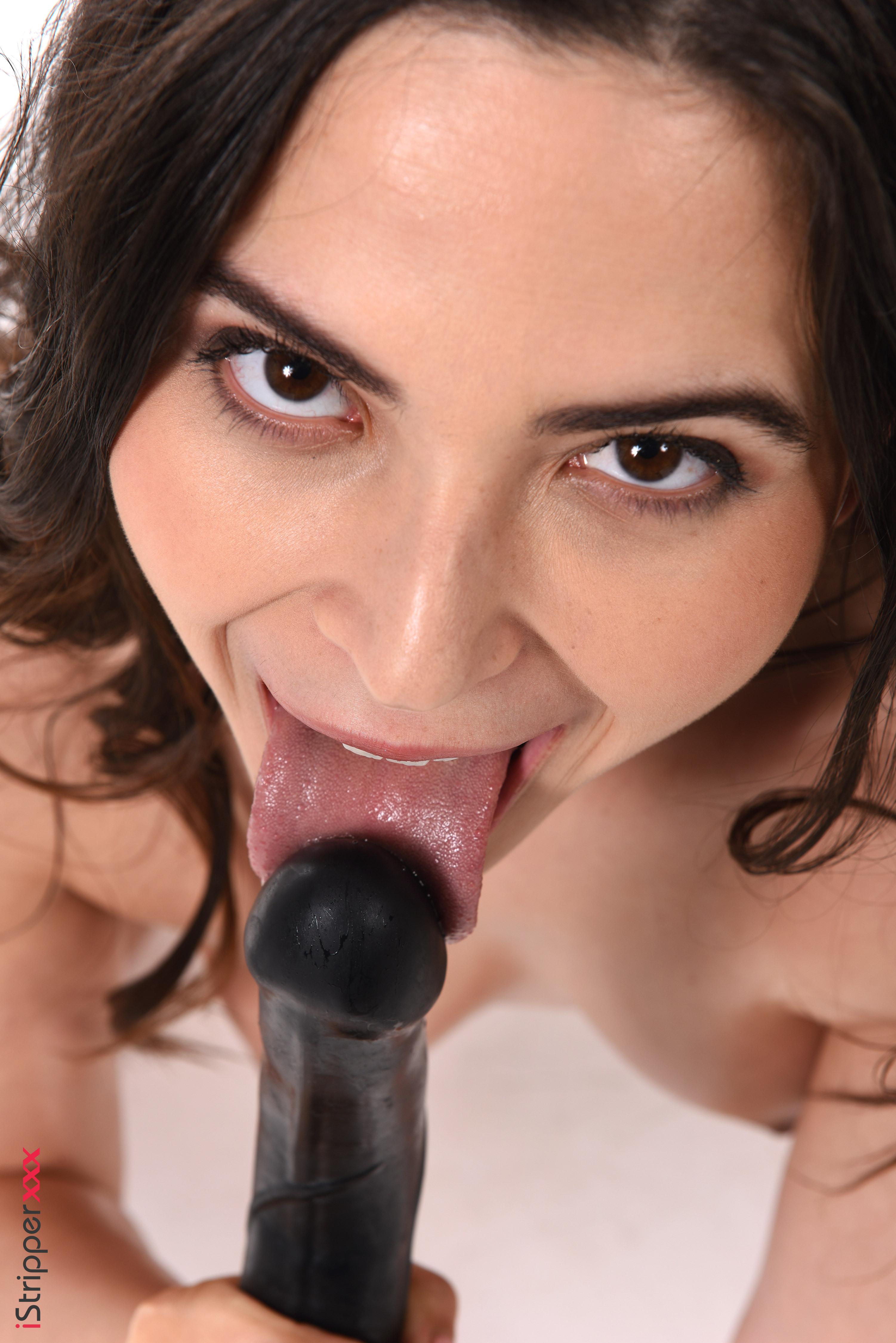 sexy women screen savers