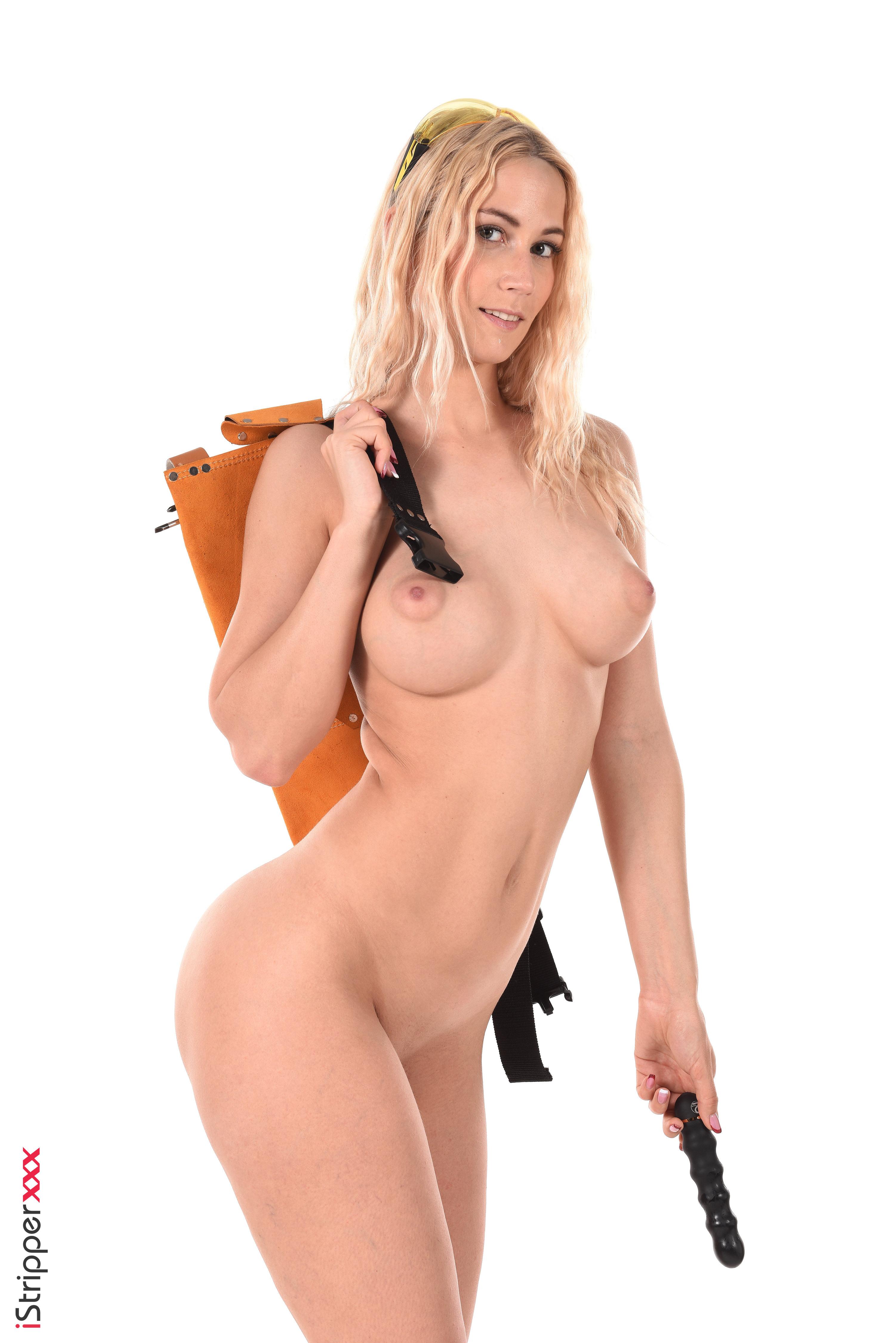 kelly brook nude wallpaper