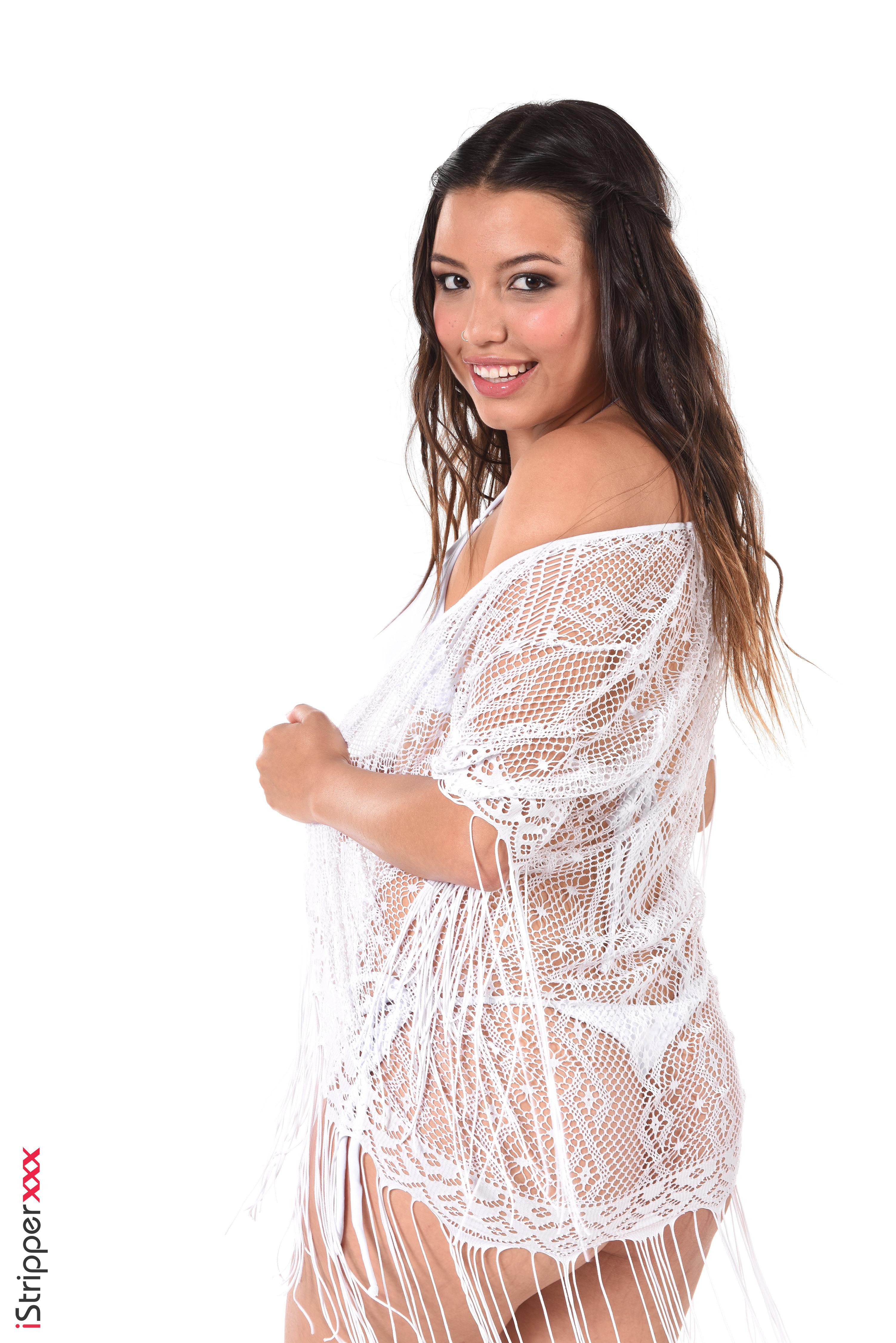 lana tailor nude wallpaper